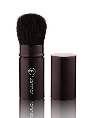 RETRACTABLE BLUSH-ON BRUSH